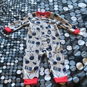 Carter's fleece pjs
